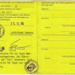 Führenschein zur Fahrgastbeförderung [Beispiel: Mietwagen (Außenseite)]
